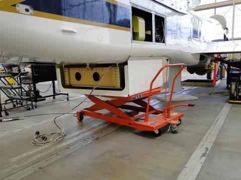 HIRAD Fairing Installation on AV-1 at Dryden (9.13.12)