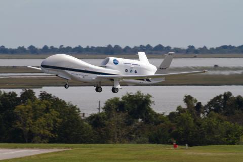 AV-6 takeoff from Wallops (9.19.12)
