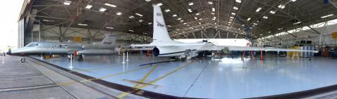 Spec Lear Jet - ER-2 _ Hangar 990-EFD